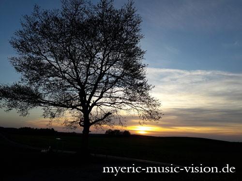 Fruhlingsabend-im-Auerbergland-c-myeric-music-vision-de
